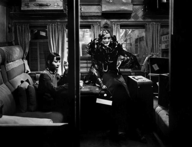 Marlene Dietrich, Anna May Wong, Shanghai Express (1932)